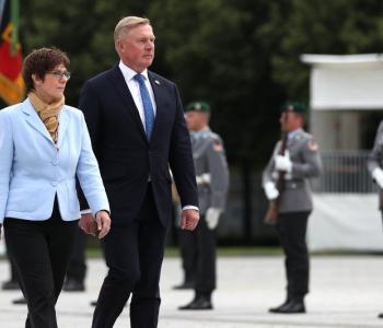 Kaitseministrid väljendasid heameelt Eesti-Saksamaa välihaiglate ühisprojekti üle Ukraina sõjameditsiini toetuseks